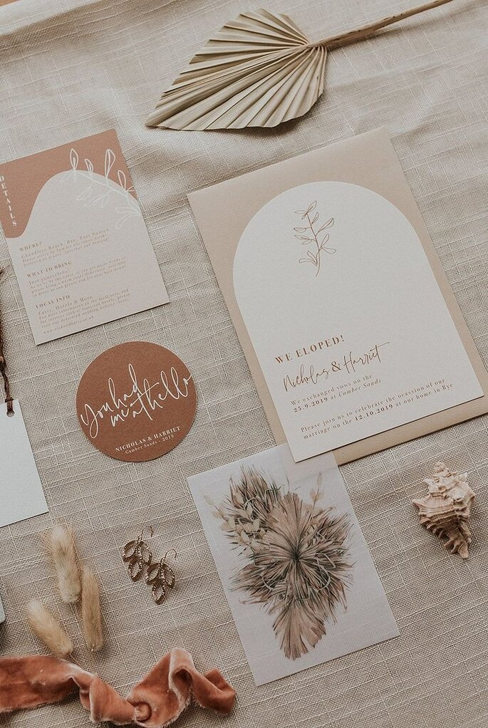 Hochzeitseinladungen Trends Bohemian Design mit abgerundeten Ecken Rahmen Design