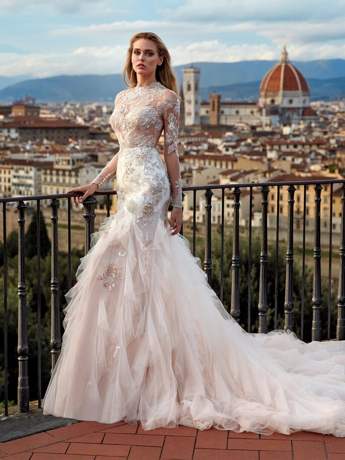 Robe de mariée sirène à plume