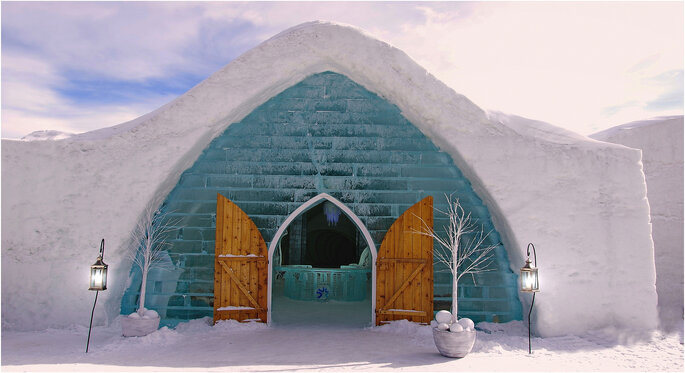 Hotel de Glace / Photo via Flickr - Pixel