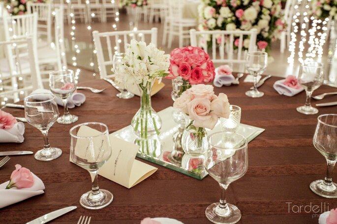 Decoração de casamento com arranjos baixos