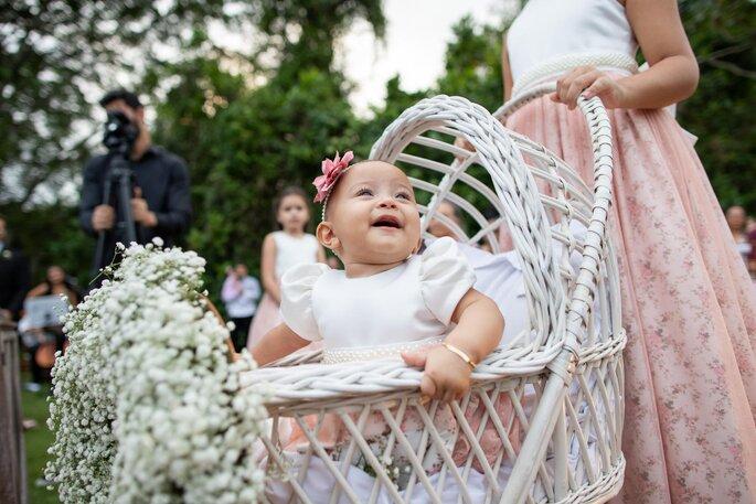 Carrinho para daminha bebê