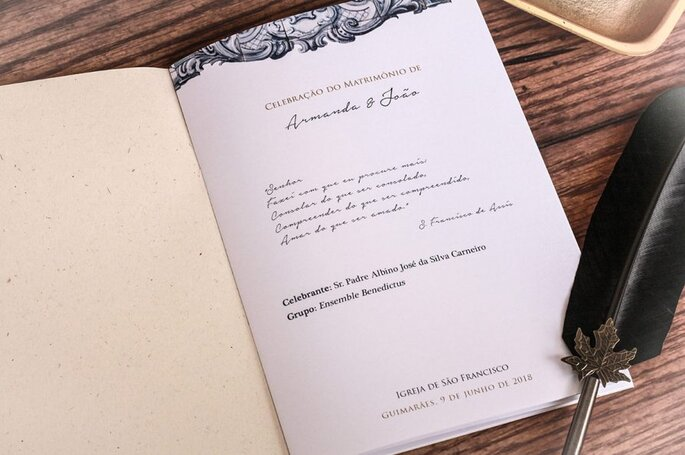 missal casamento: beige e clássico