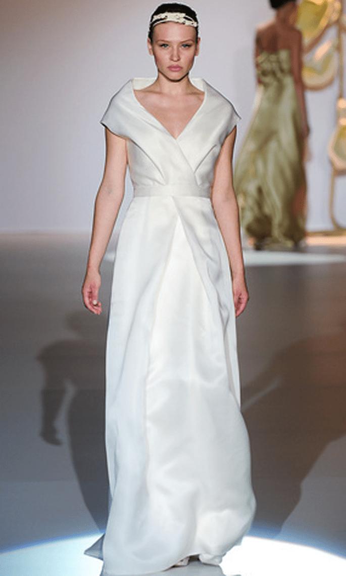 Vestido de novia oriental de Jesús del Pozo 2011