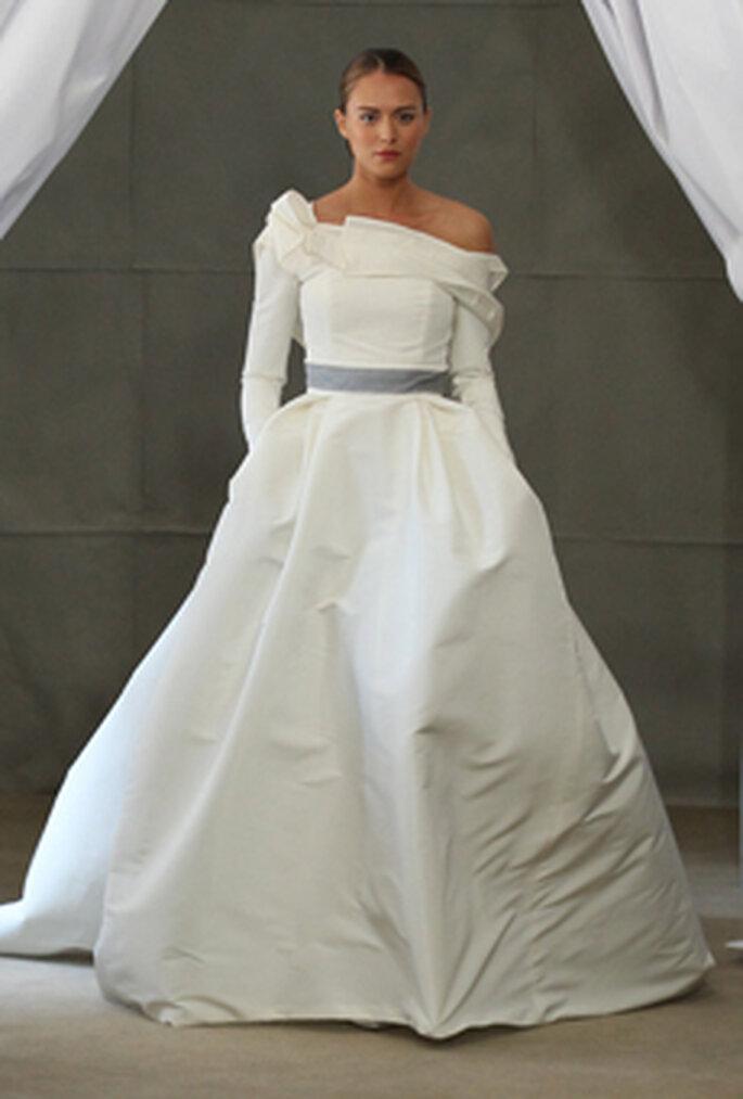 Ideal für eine Hochzeit im Herbst/Winter – Foto: CAROLINA HERRERA