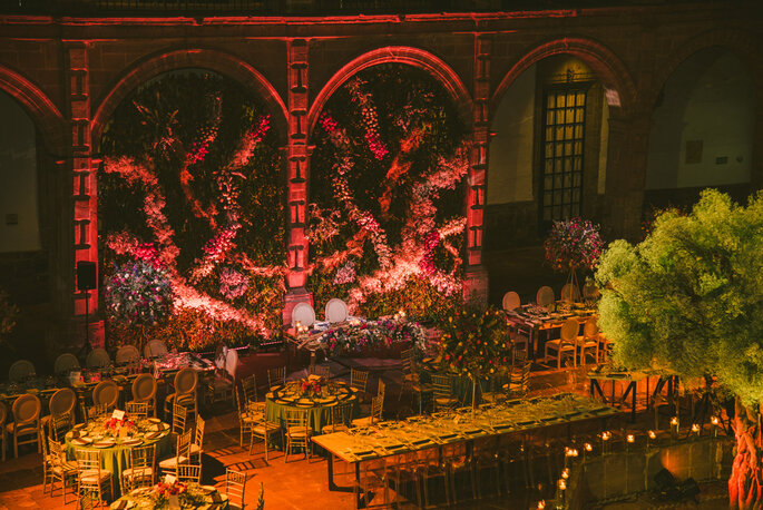 Crisanta Decoración Floral by Rocio Rivas Wedding Planner