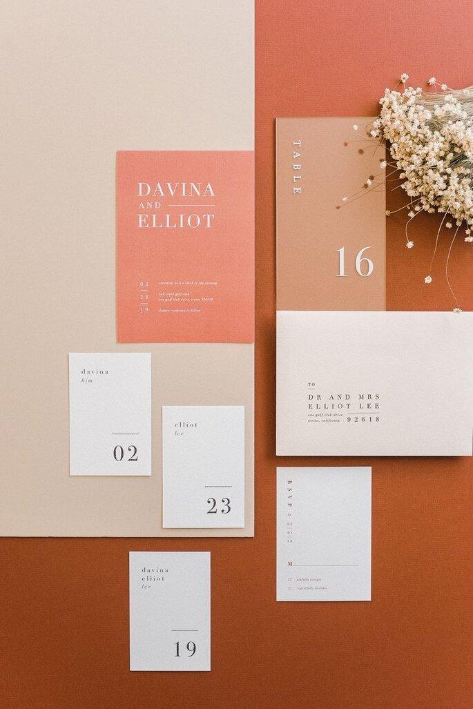 Hochzeitseinladungen Trends minimalistisch modern apricot