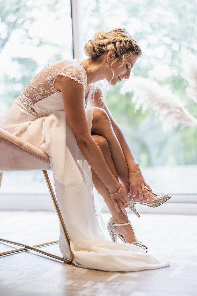 Mariée robe chaussures préparation