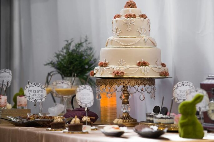 María Canela Cakes & Sweets