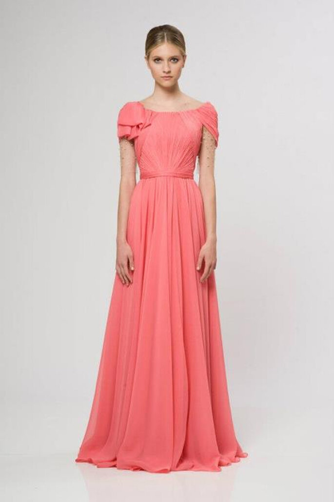 Vestido de gala en color rosa para novias - Foto Reem Acra Resort 2013