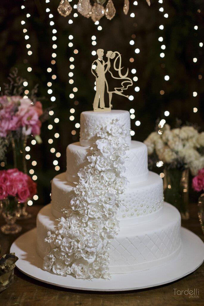 Bolo do casamento branco