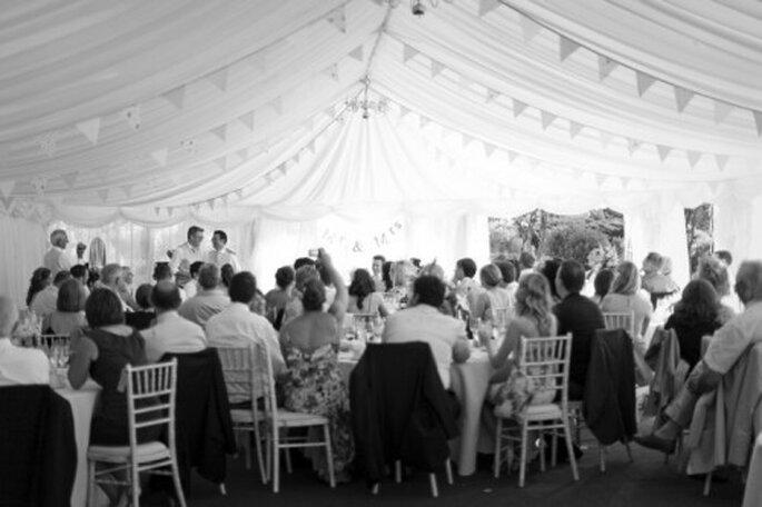Importancia de confirmar la asistencia de tus invitados - Foto Cotton Candy Weddings