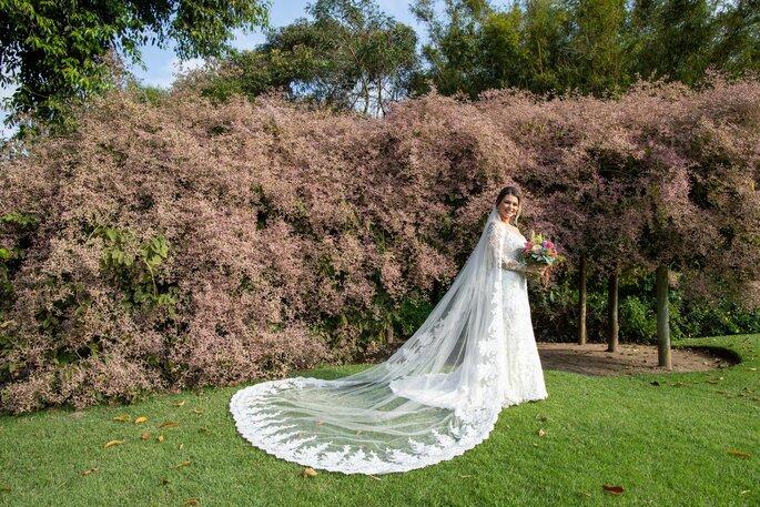 Véu da noiva bordado