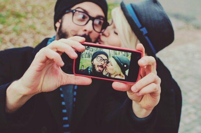 10 formas que usan las parejas para comunicarse sin palabras - Shutterstock