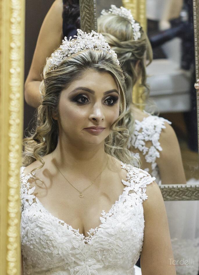 Penteado noiva com coroa