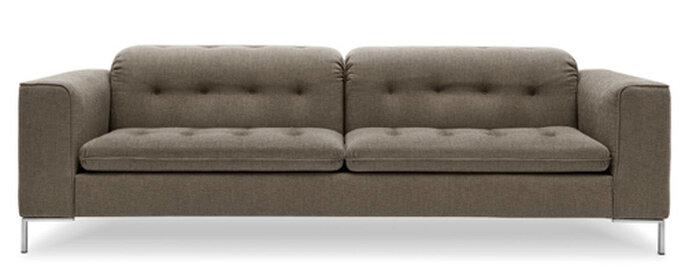 Grace Romantic, divano con lavorazione capitonnè disegnato da Stefano Cavazzana per Calligaris. Foto: Calligaris.it