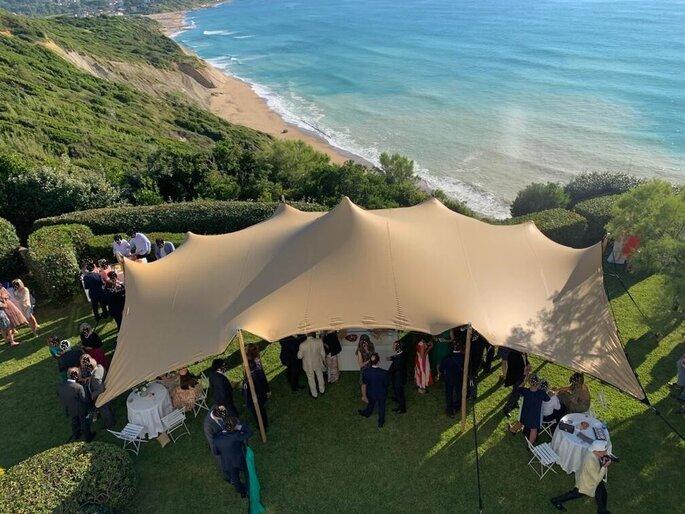 Tente de location pour un mariage en plein air
