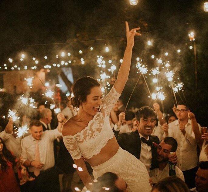 Hochzeitsparty Tanzfläche Wunderkerzen