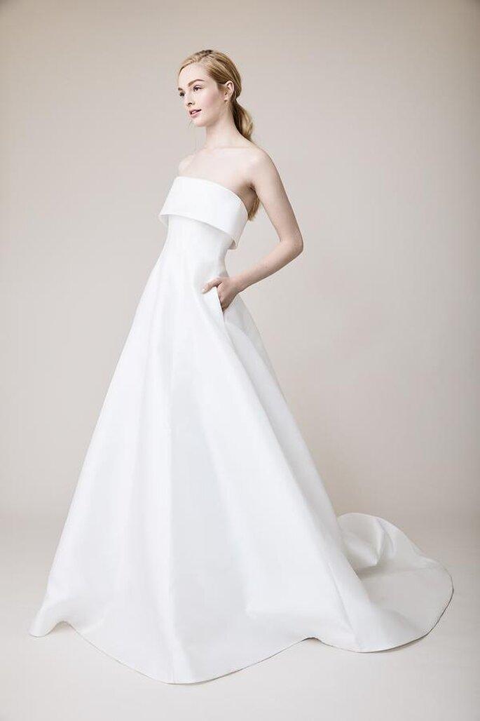 Vestido de noiva simples e tomara que caia