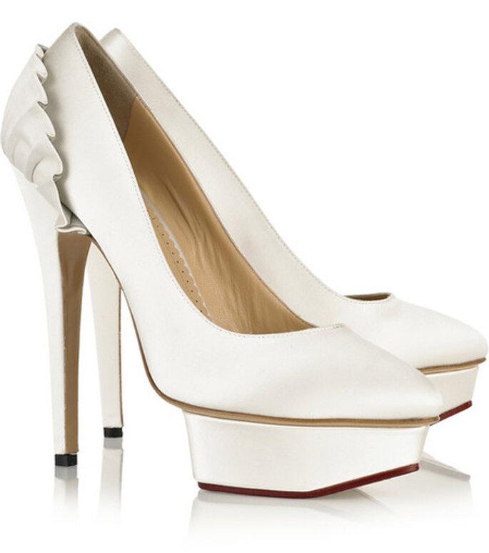 Zapatos de novia en color blanco - Foto Charlotte Olympia