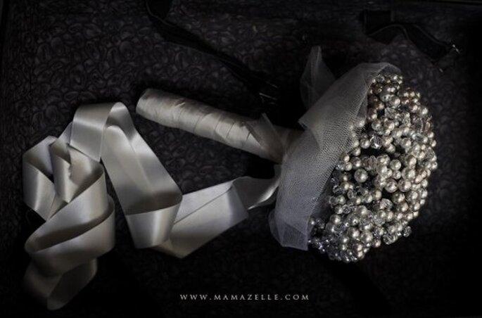 Bouquet da sposa. Foto di Mélissa Lenoir ©