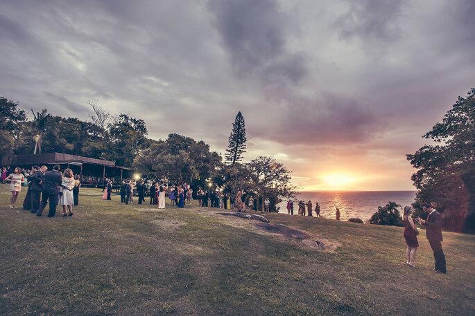 Convidados casamento no campo