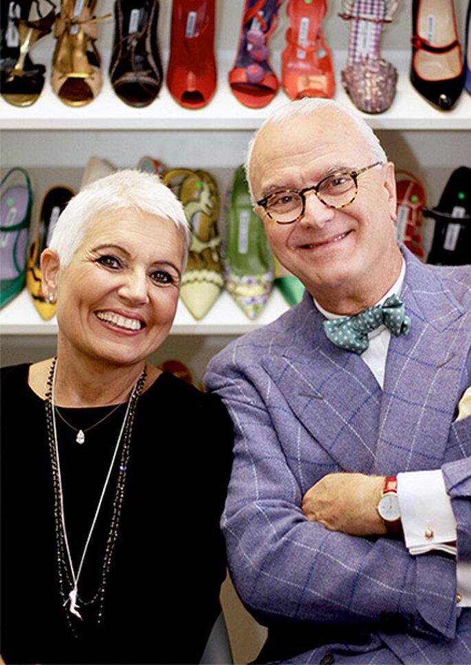 El diseñador, junto a Rosa Tous, que luce el colgante más chic del año. Foto: TOUS