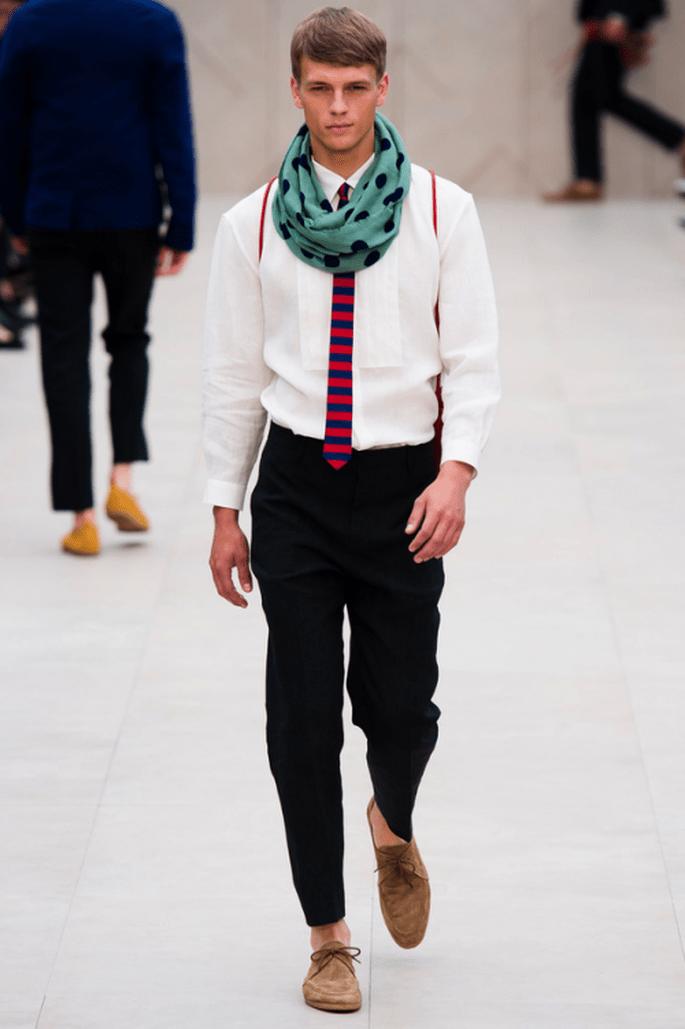 Trajes para novio con estilo hipster y colorido - Foto Burberry Prorsum