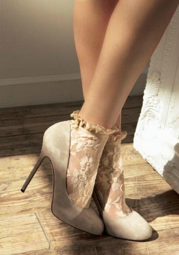 Calcetines de encaje perfectos para tu vestido de novia - Calzedonia