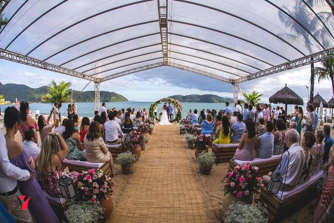 Local da cerimônia e da festa: Costa Verde Tabatinga Hotel - Foto: Produtora 7 SONY | Foto e Filme