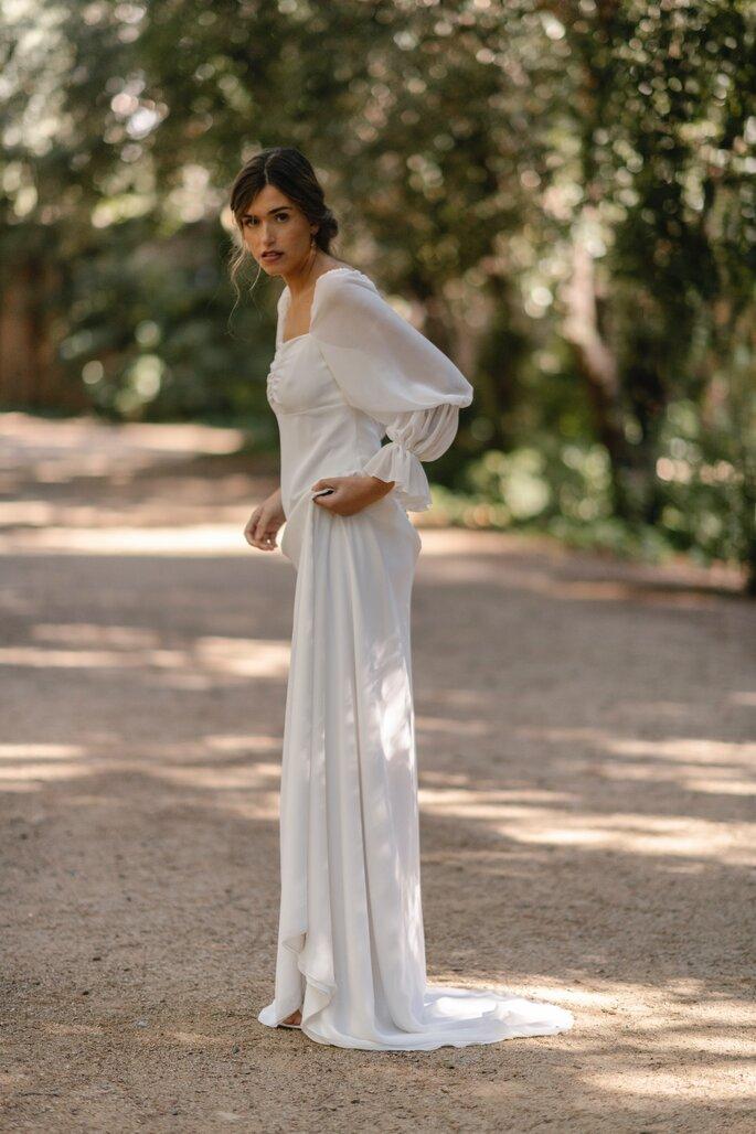 Robe de mariée longue aux manches bouffantes