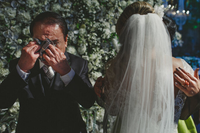 Emoção pai da noiva