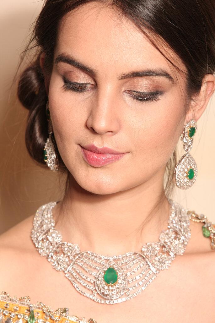 Photo: Dia gold jewels