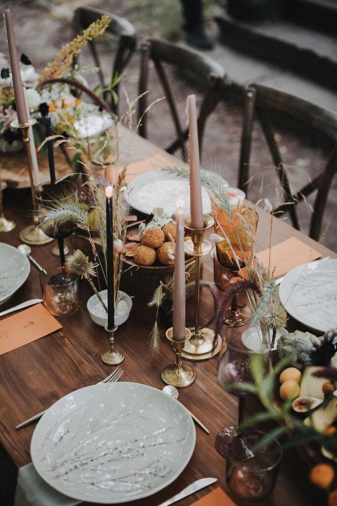 Tischdekoration Hochzeit im Garten