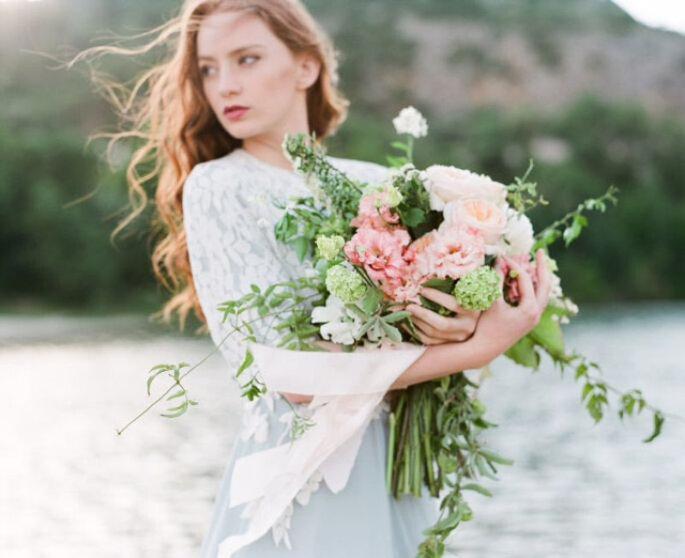 Ramo de novia con follaje