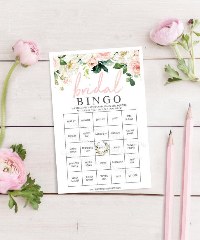 Spiel Hochzeitsbingo mit Rosen