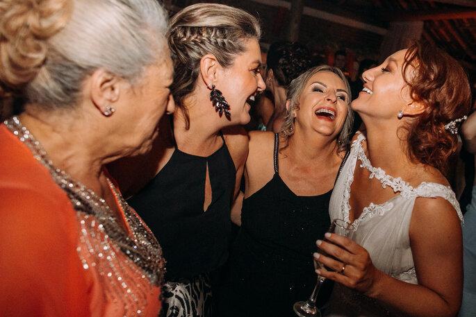 Noiva e convidadas