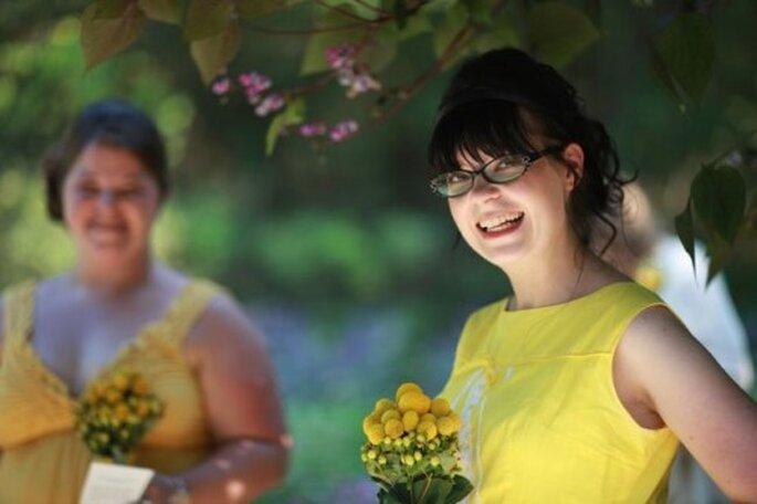 Témoins et demoiselles d'honneur : tout le monde joue la carte du jaune ! - Photo : Shimelle