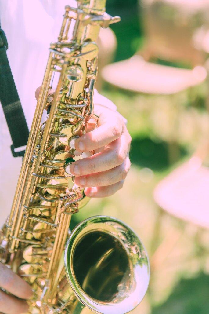 Saxophonist bei der Hochzeit im Tessin.
