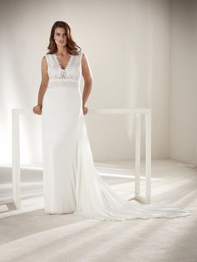 Vestido de novia corte imperio de estructura sencilla