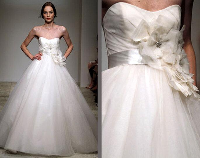 Vestido de novia femenino de tul- Foto: Amsale Bridal