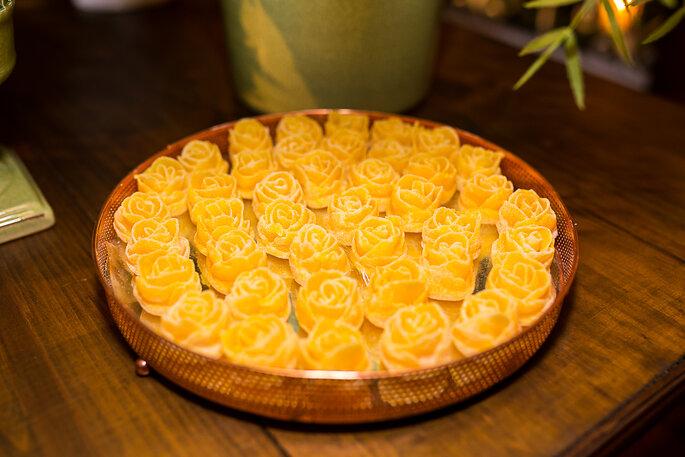 doces em formato de flor para casamento
