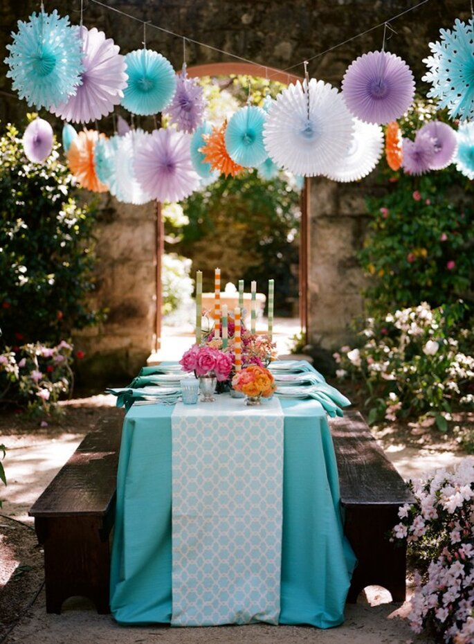 Paper decorations for your wedding - Photo: Meg Smith