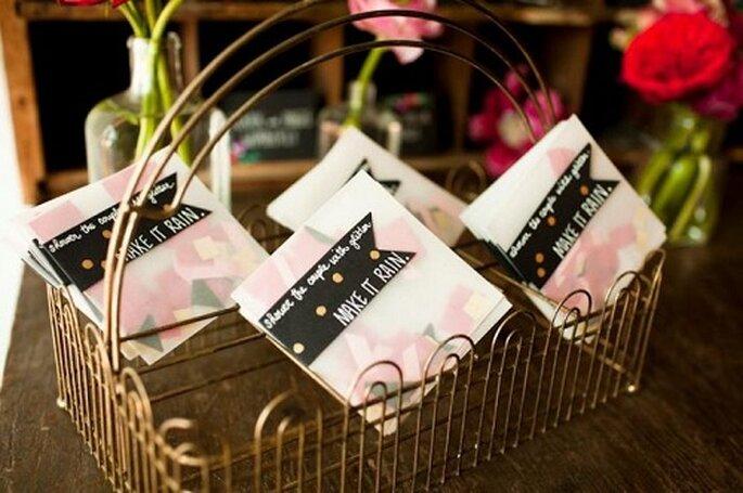 DIY Wedding Confetti Envelopes via Stockroom Vintage.