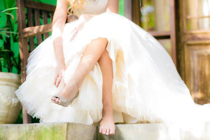 Sapatos da noiva: Luana Zabot | Foto: Carol Bustorff