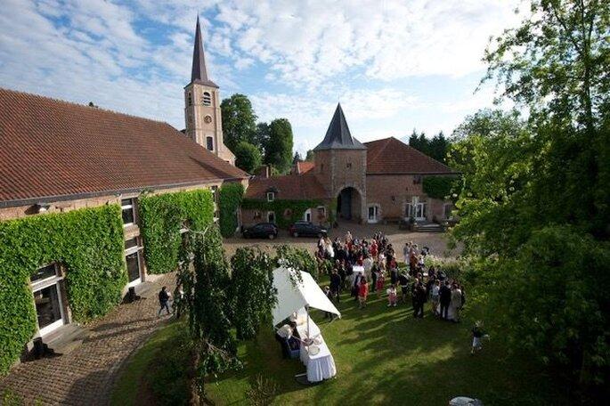 Extérieurs d'un lieu de réception de mariage champêtre