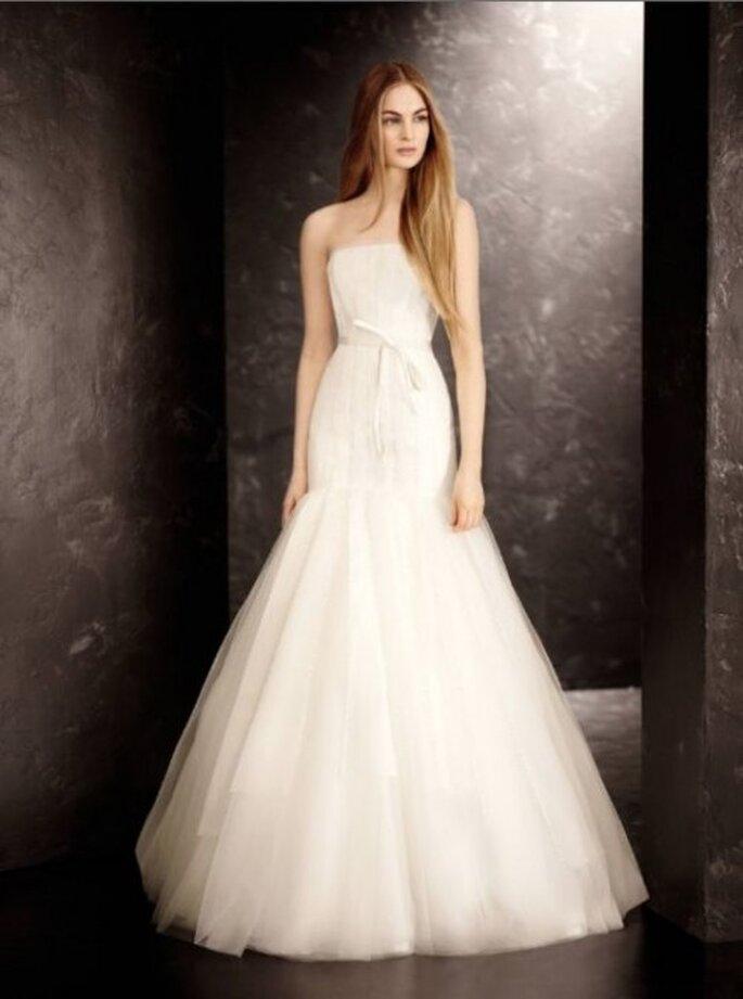 Vestido de novia vanguardista diseñado por Vera Wang - Foto David's Bridal