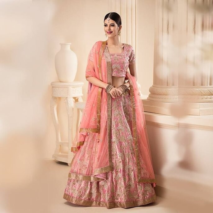 bb6c457e4 Top 5 bridal lehenga shops in Bapu Bazar, Jaipur