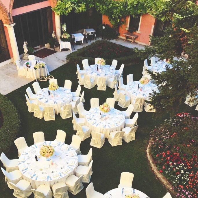 Banchetto all'aperto a Villa Quaranta Tommasi Wine Hotel & SPA