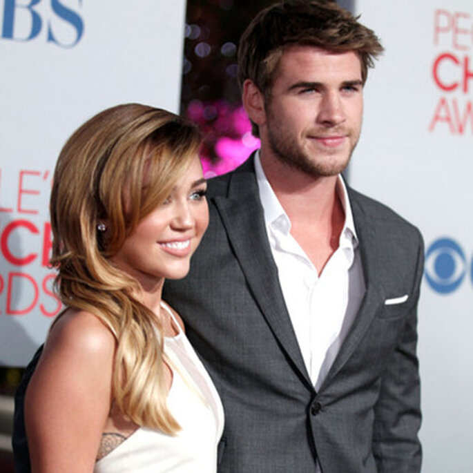 Miley Cyrus y Liam Hemsworth en los People Choice Awards - Foto sitio oficial de Miley Cyrus