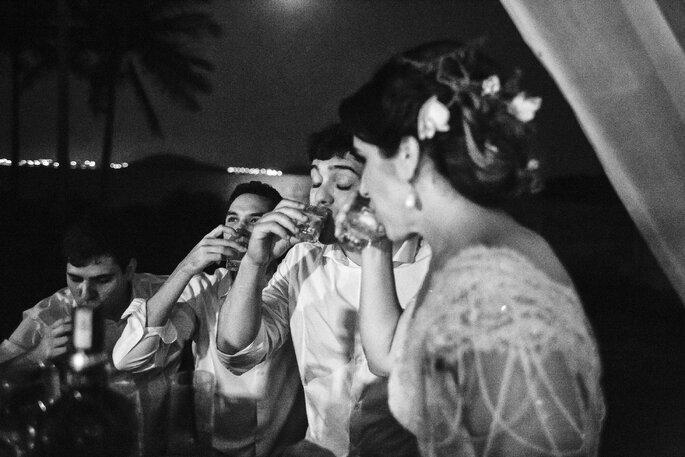 Noiva brindado
